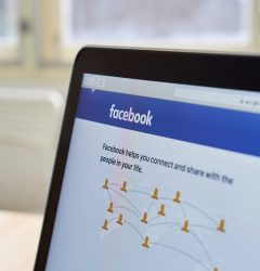What eCommerce can Learn from #FacebookDown